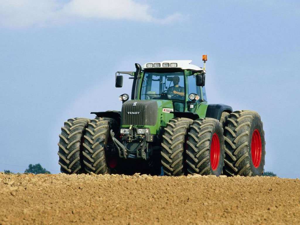 3 самых больших трактора в мире