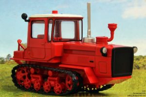 Обзор гусеничных тракторов